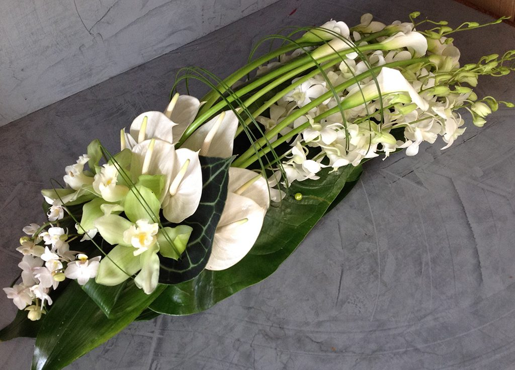 Long Floristry bouquet with Lilys by Roni Fleurs