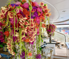 Roni Fleurs provide superyachts in France with floral masterpieces
