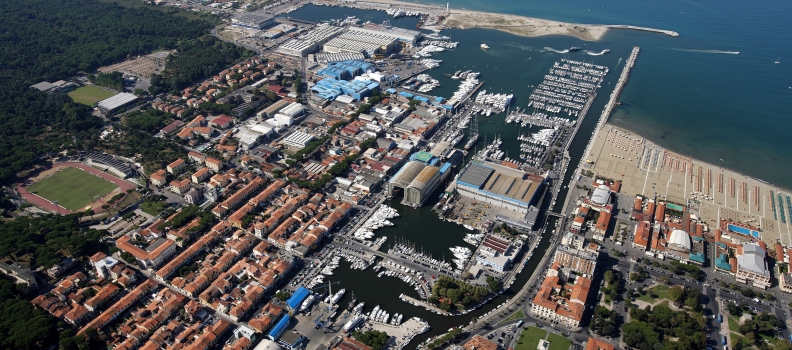 DESTINATION VIAREGGIO – Yare Networking
